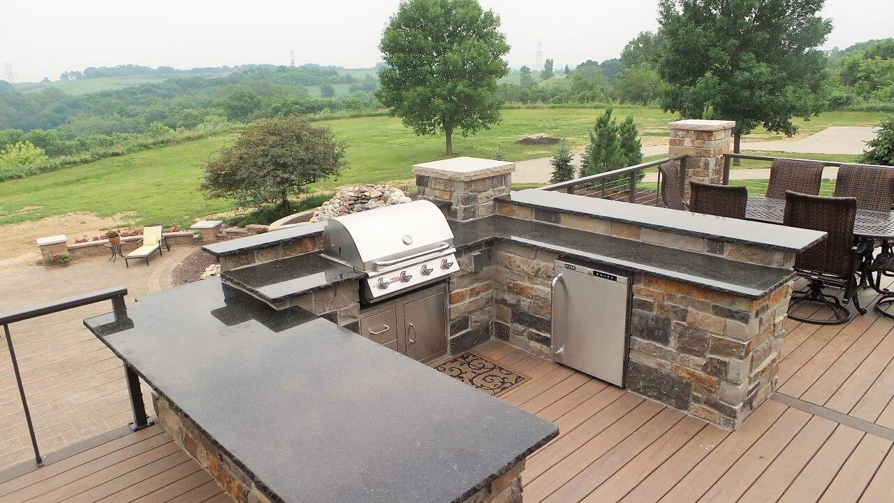 Mortenson project - outdoor kitchen